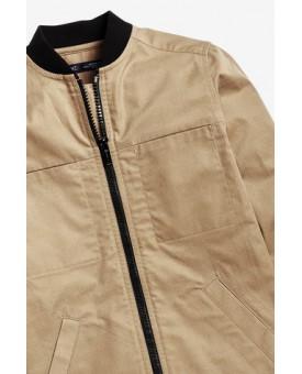 Світло-коричнева куртка на блискавці 885-062